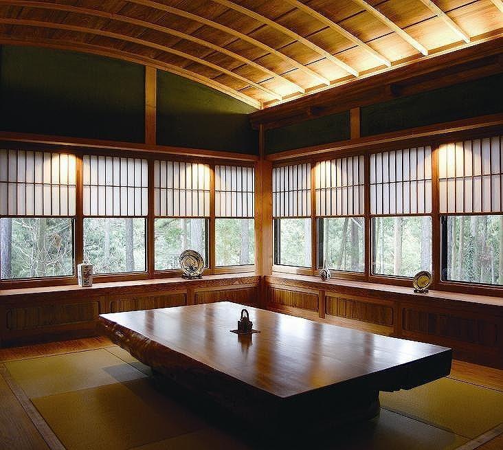 飯塚市:S様邸≫行者杉を活かし和の美を追求し有田焼のトイレがある大正浪漫の家,和風住宅