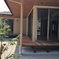 嘉穂郡桂川町:和風住宅、ウッドデッキが囲む家、平屋住宅、ガレージと掘りごたつのある家➁